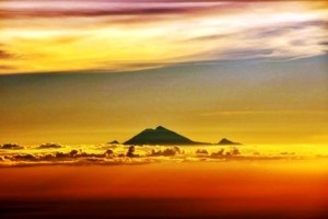 Gn Rinjani, Lombok, sunset - Don Bason